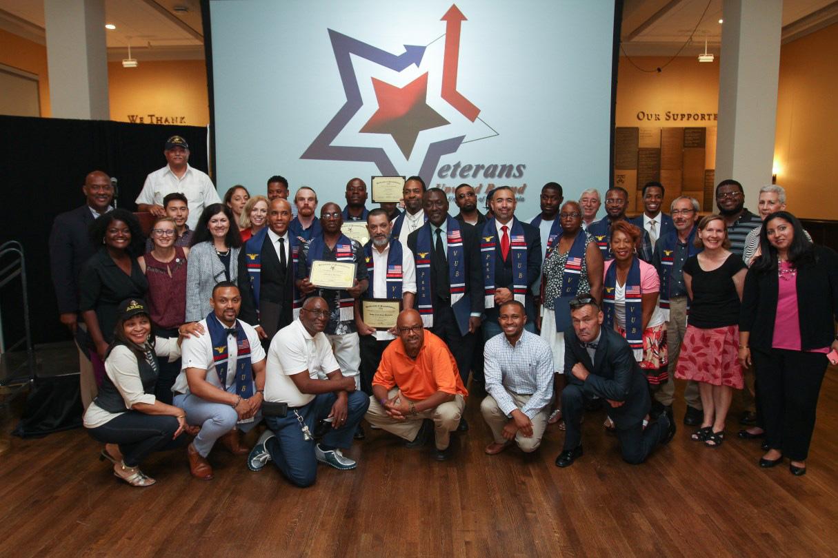 Penn VUB graduates gather for a group photo at the 2018 graduation ceremony.
